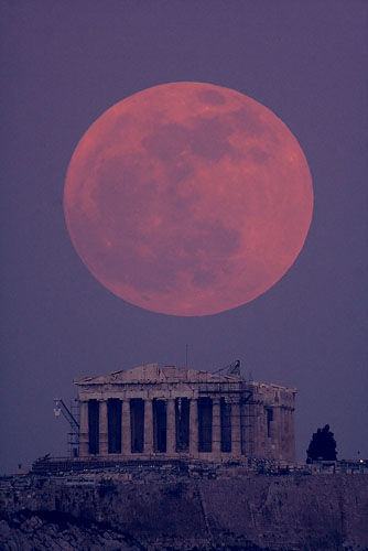 Lunar Parthenon, photo: Ayiomamitis