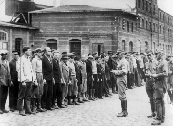 Prozivka u koncentracionom logoru Oranienburgu, Berlin 1933.