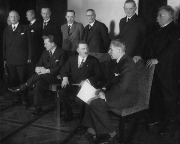 Hitlerov kabinet nakon formiranja vlade.