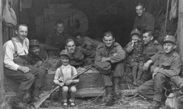 Foto: Children In History