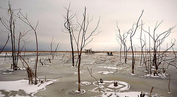 zaleđeno jezero