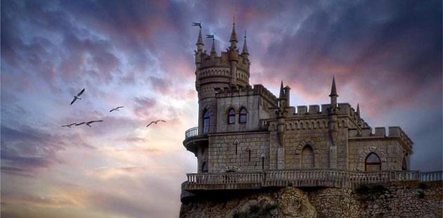 Crimea, Lastochkino Gnezdo Palace