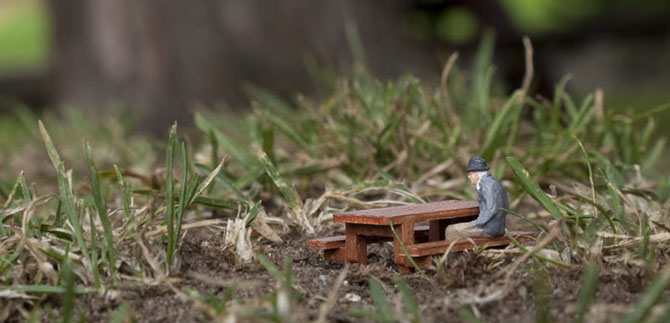 Wish you were here, Little people project by Slinkachu