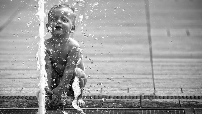 Čista voda i plitak um