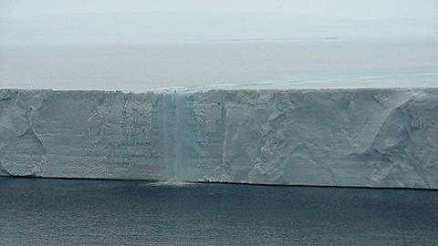 Foto Pedro Skvarca, Larsen B ice-front_thumb