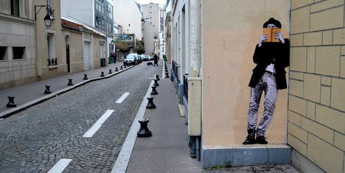 Levalet Street Art http://elitedai.ly/1AWKaJ3