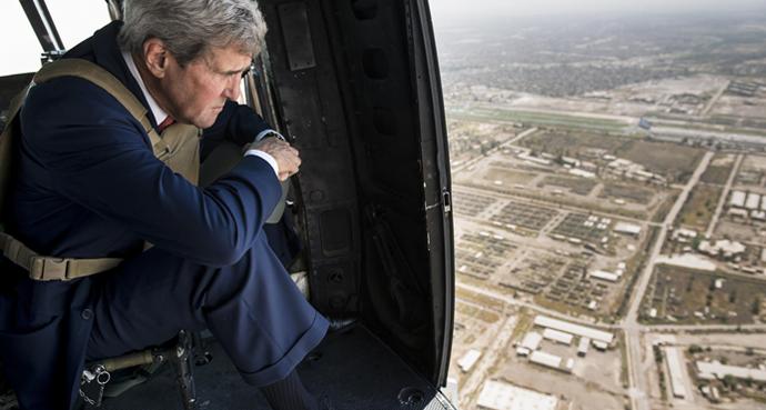 John Kerry, Baghdad, AP Photo, Brendan Smialowski