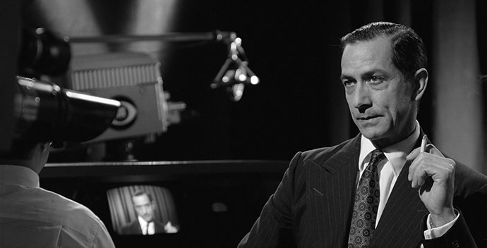 Edward R. Murrow (David Strathairn) in the movie Good night, and good luck