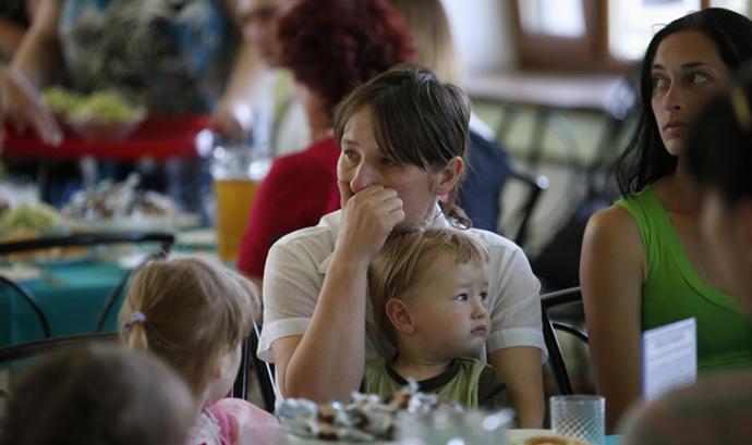 Ukrajinske izbeglice, foto: Maxim Zmeyev / Reuters http://goo.gl/zDAfyQ