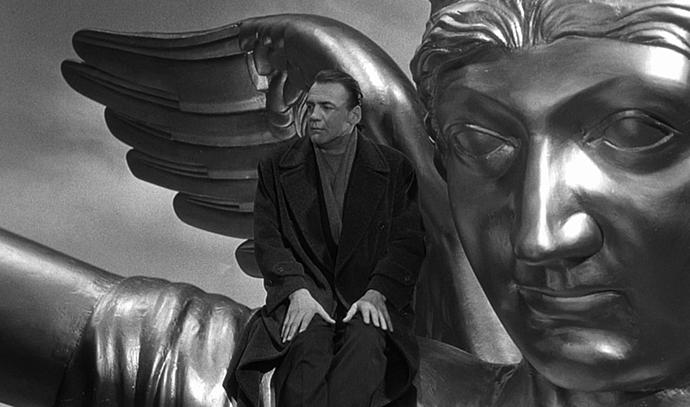 Vim Venders, Nebo nad Berlinom (1987), Bruno Ganc kao anđeo Damiel http://goo.gl/SKBBlD