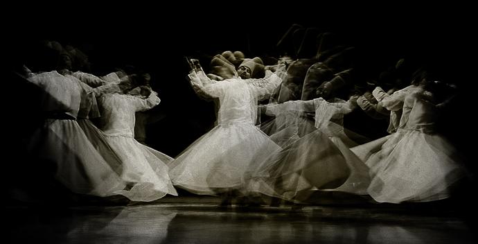 Whirling dervishes, foto: Sundus Shaheryar http://goo.gl/QRWaaJ