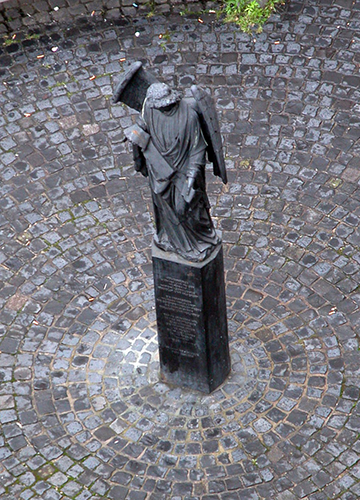 Frankfurter Engel, Memorial to the persecution of homosexuals