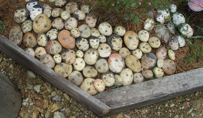 Stones with faces, Pinterest