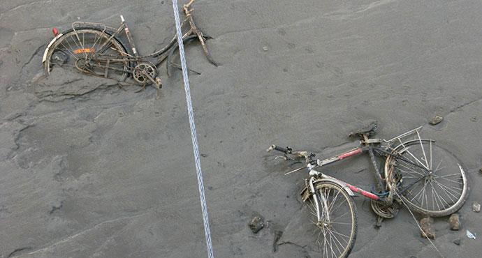 Bicikli u blatu, Antverpen, Wikimedia commons
