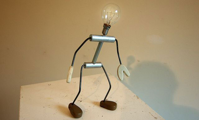 Lampa pomoćnik, Daniel Düsentrieb