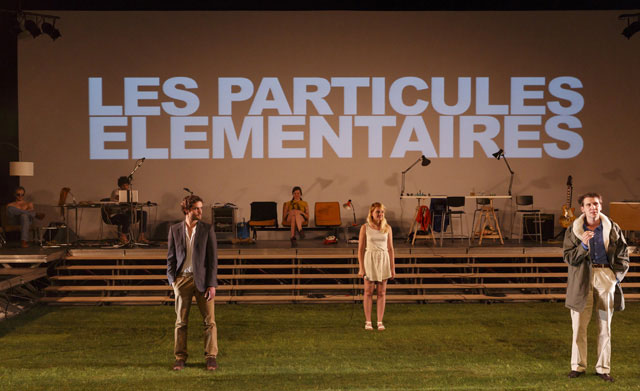 Elementary Particles © Christophe Raynaud de Lage / Festival d'Avignon