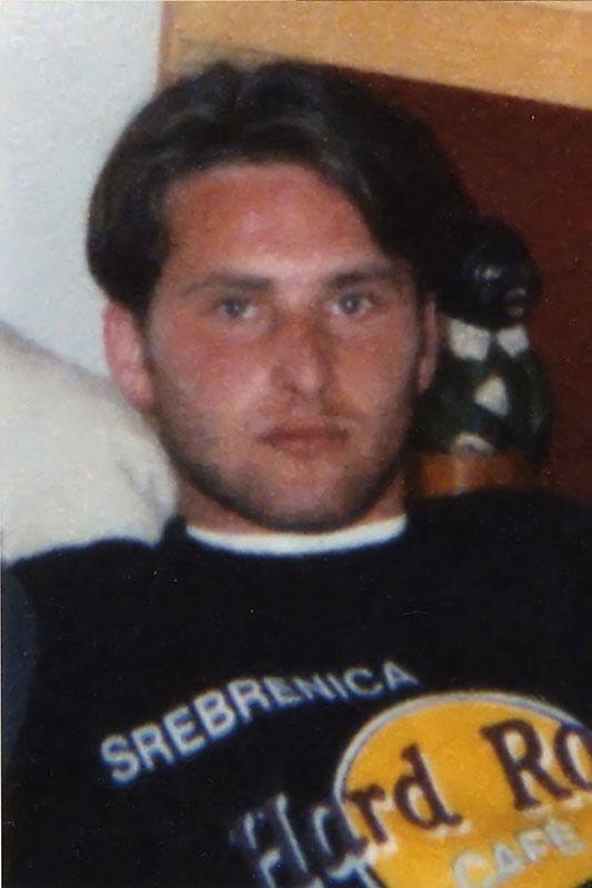 Muhamed – Braco Nuhanović. Srebrenica 1994. Porodična arhiva.