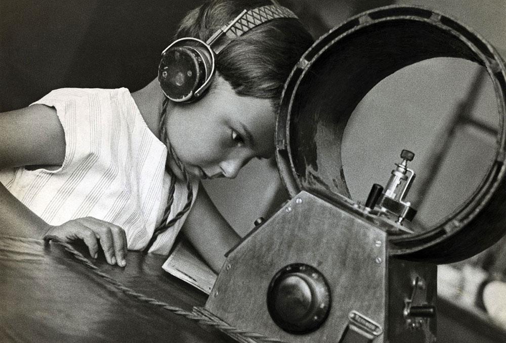 Slušaoci radija, 1929, foto: Aleksandar Rodčenko