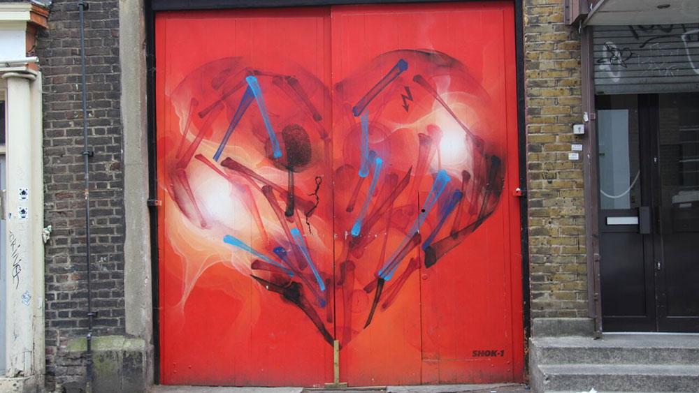 Fotografije čitataljki, Miljana Radivojević, East London street art