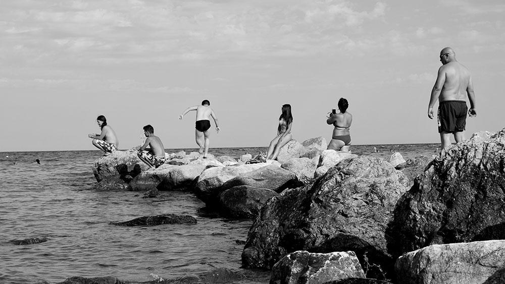 ljudi na plaži