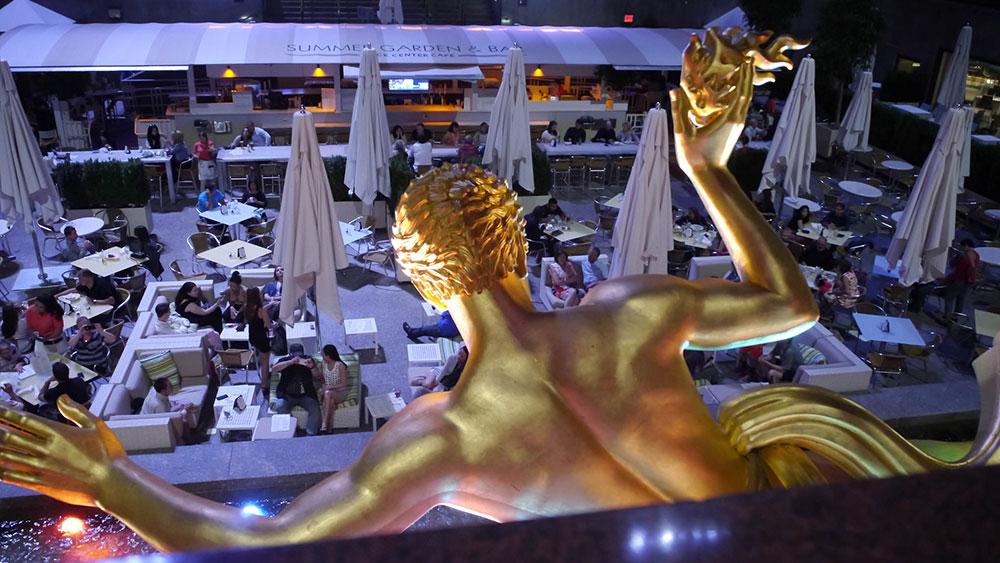 Zlatna statua, Rokfeler centar, Njujork