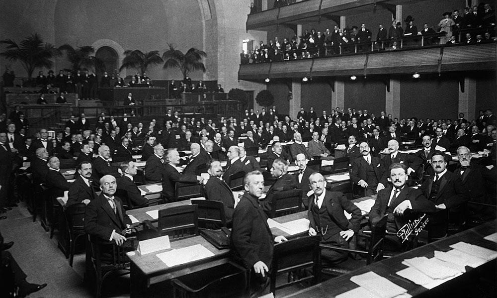 Prvo zasedanje Lige naroda u Ženevi 1920, foto: Keystone/Corbis