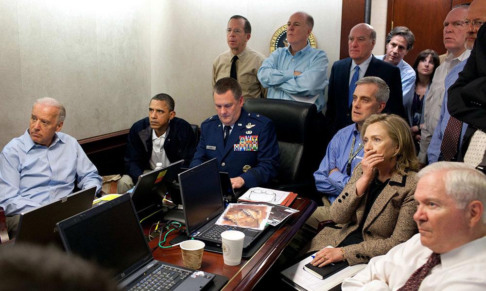 Barak Obama, potpredesednik Džo Bajden i državna sekretarka Hilari Klinton prate misiju protiv Osame Bin Ladena, maj 2011, foto: Pete Souza/AP