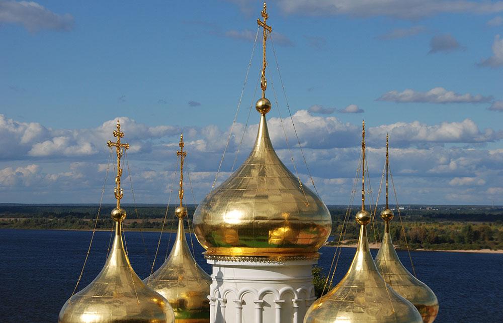 Zlatne kupole hrama u Nižnjem Novgorodu, Rusija, foto: Konstantin Novaković