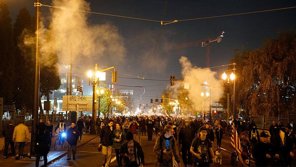Protesti protiv izbora Trampa u Portlandu, foto: William Gagan/Reuters