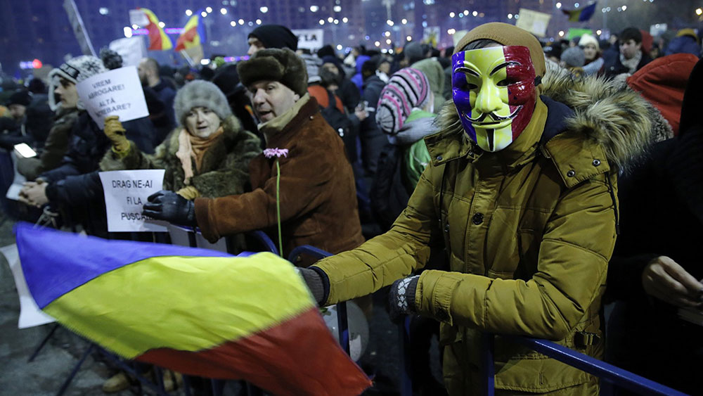 Protesti u Bukureštu, foto: Robert Ghement/EPA