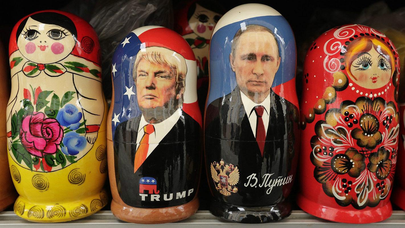 babuške sa likom Putina i Trampa