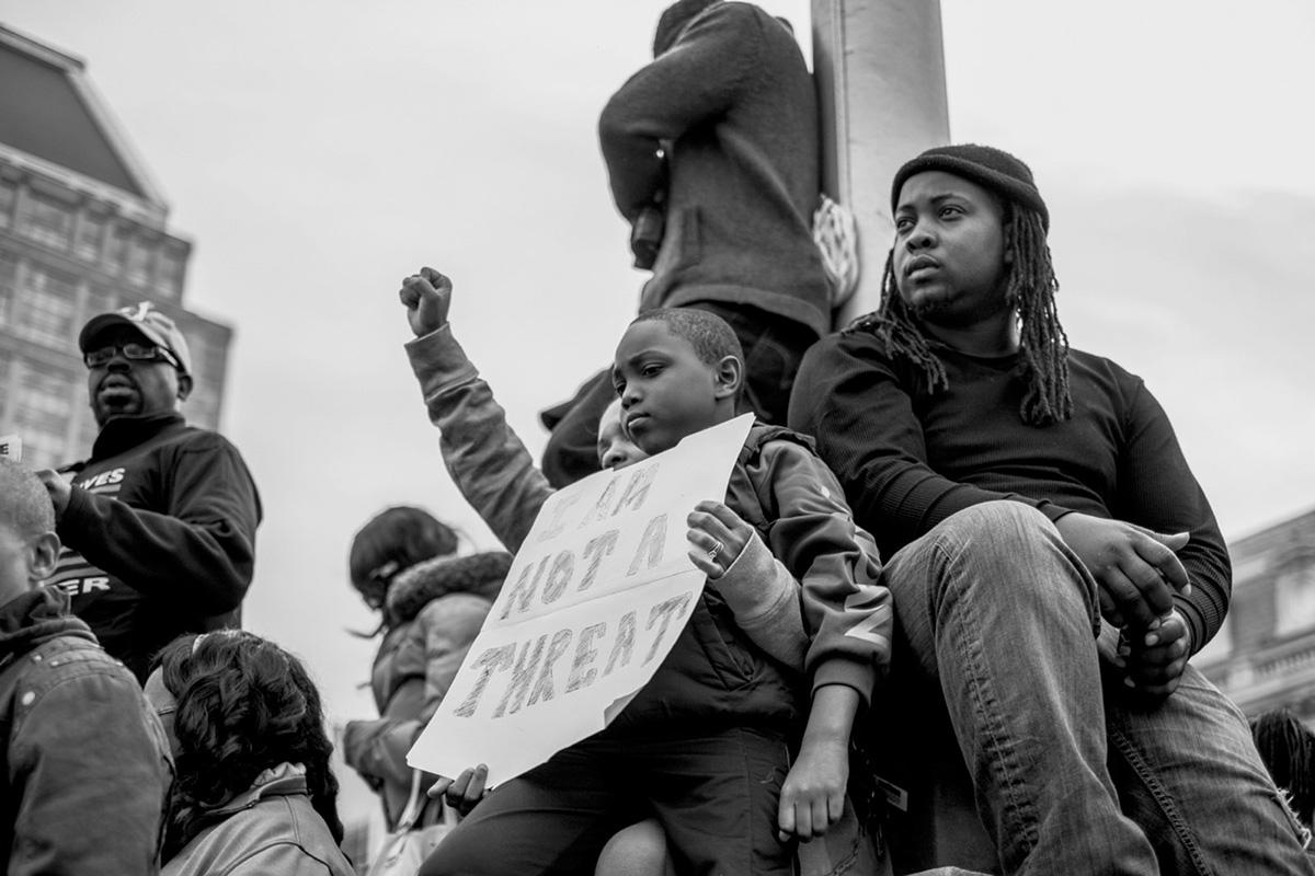 "Protesti u Baltimoru 2015, foto: Devin Allen, iz knjige ""Divni Geto"""
