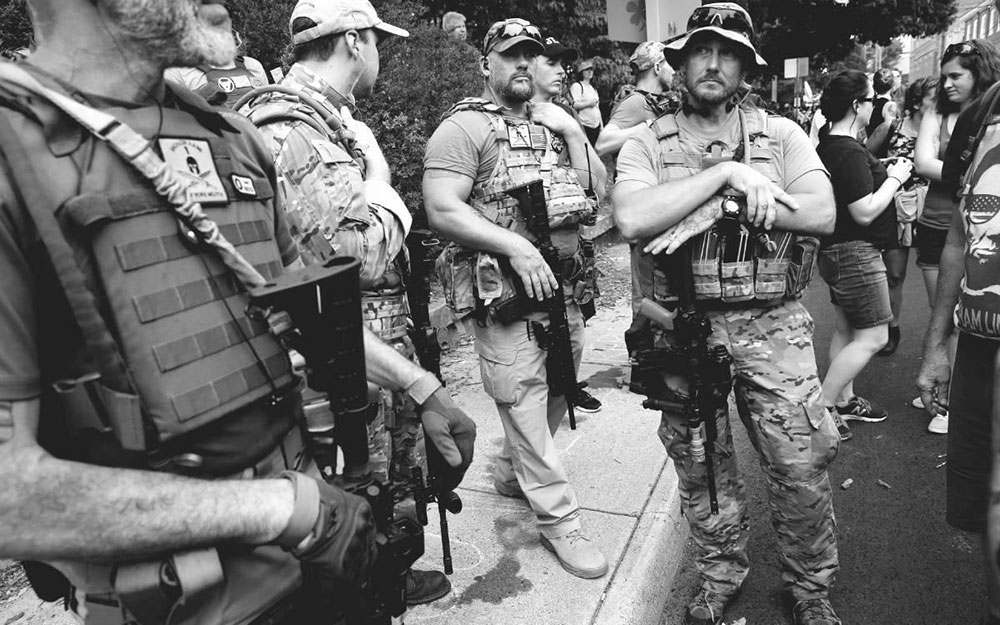Naoružana supremacistička milicija, foto: Joshua Roberts/REUTERS