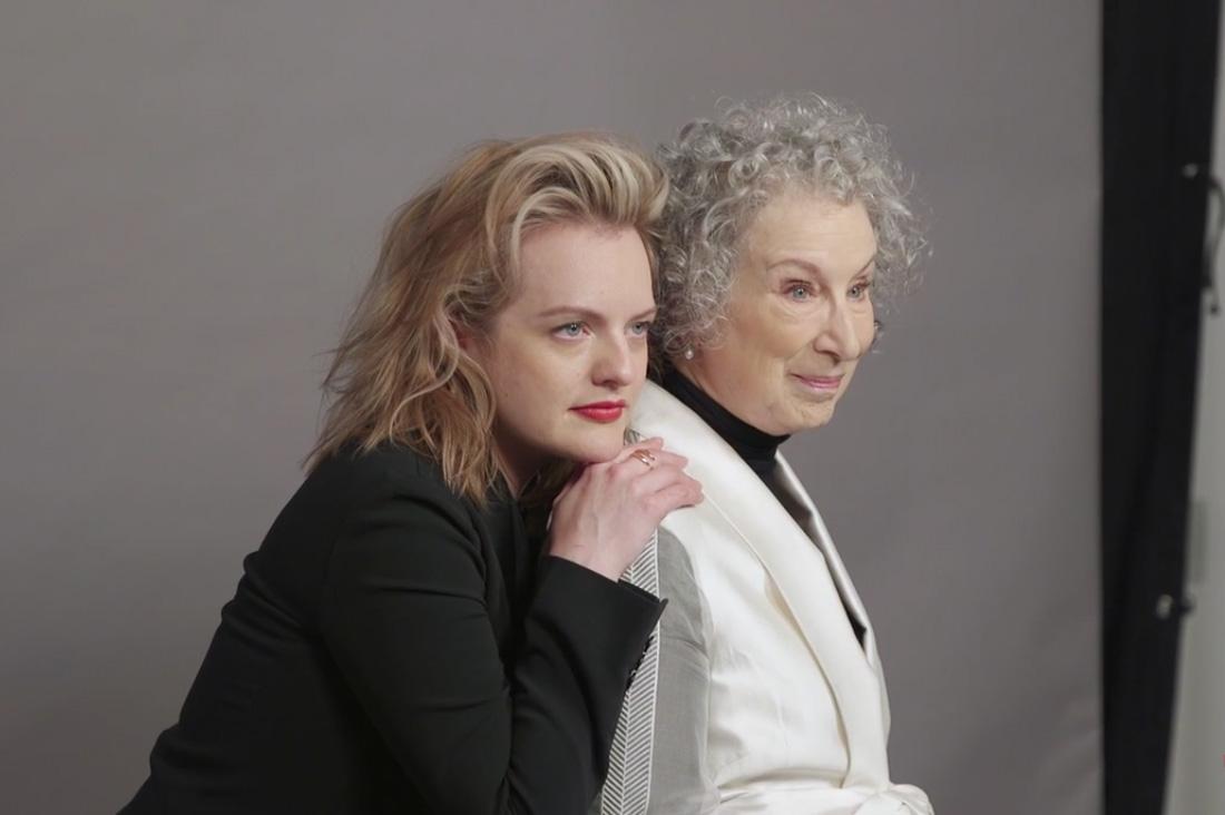 Elisabeth Moss i Margaret Atwood, foto: Ruven Afanador