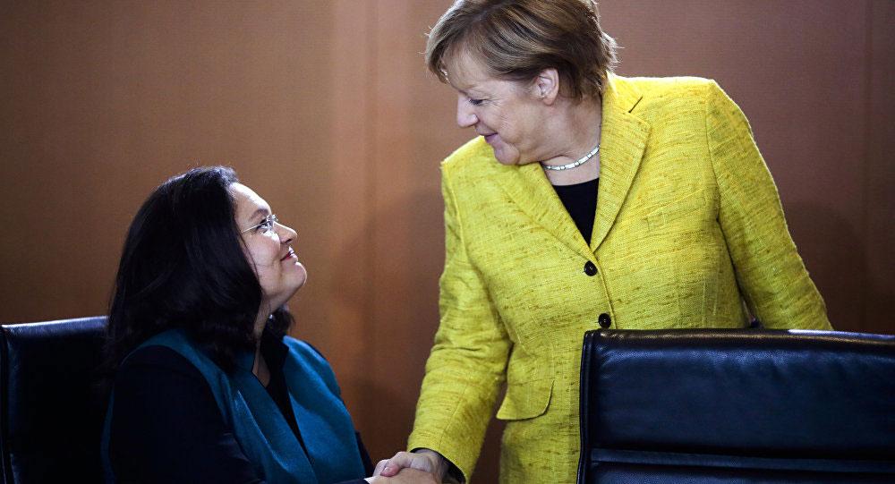 Andrea Nahles i Angela Merkel, foto: Markus Schreiber/AP