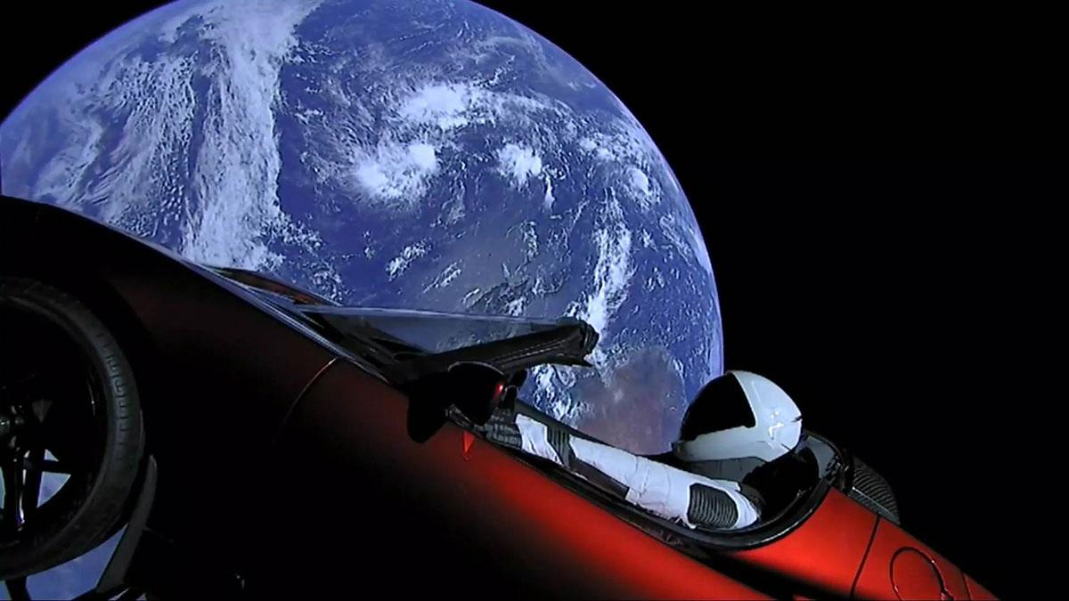 Tesla u svemiru
