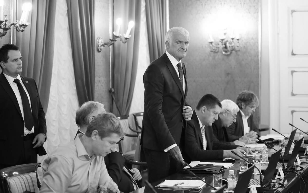 Akademik Zvonko Kusić, predsjednik Vijeća za suočavanje s posljedicama vladavine nedemokratskih režima, foto: Željko Lukunić/PIXSELL