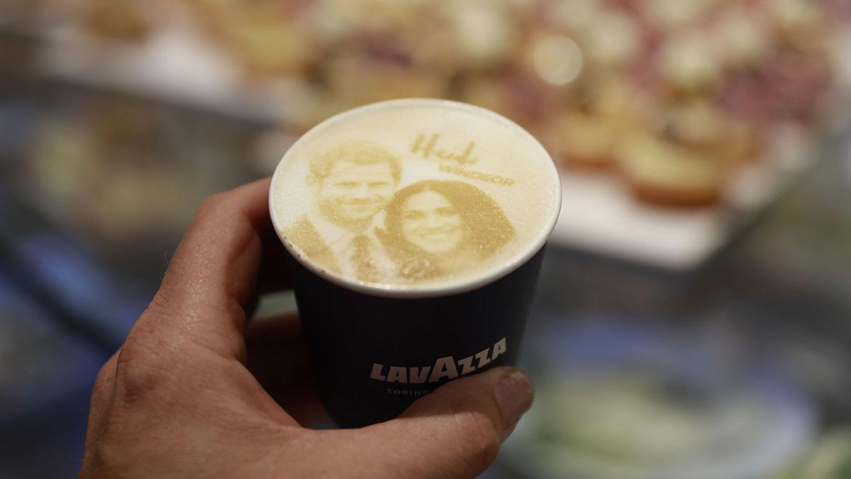 Megharryccino u kafeteriji u Windsoru, foto: Odd Andersen/AFP/Getty Images
