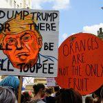 Sklonite Trampa ili će da lete tupei / Pomorandže nisu jedino voće