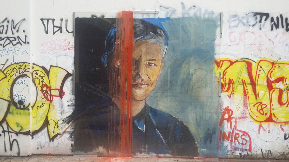 Oštećeni mural Zorana Đinđića na Platou kod Filozofskog fakulteta