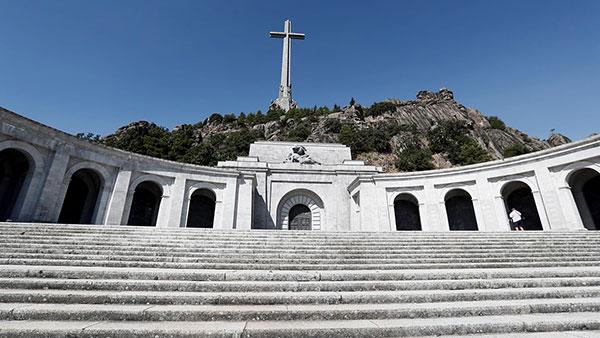 Memorijal Dolina palih u blizini Madrida