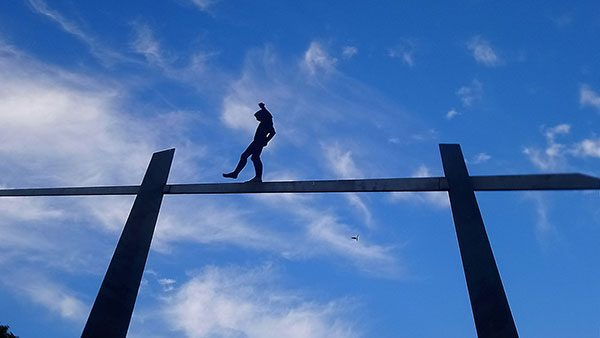 Instalacija čovek na žici, Berlin