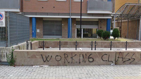 Bolonja, natpis Radnička klasa na zidu