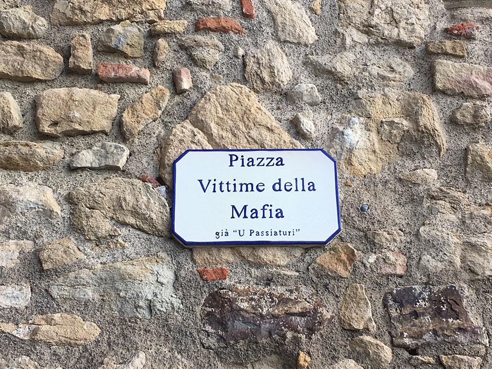 Tabla Piazza Vittime della Mafia, Sicilija