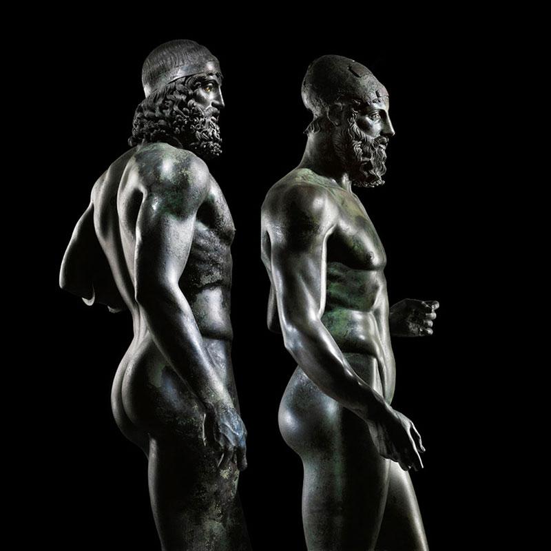 Bronzane statue iz Riačea