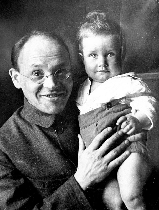Babelj sa sinom Mihailom 1927, foto: Sovphoto/UIG/Getty Images