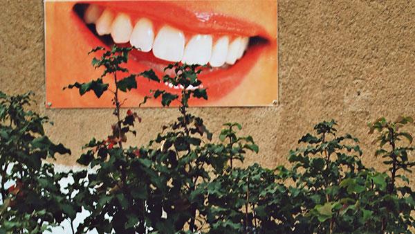 Reklama za zubarsku ordinaciju