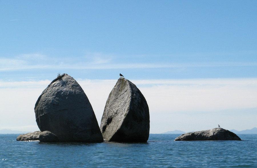 stena u moru podeljena na pola, Novi Zeland