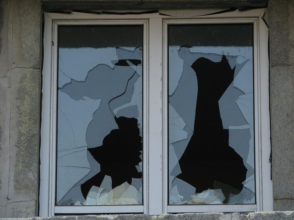 razbijeni prozori