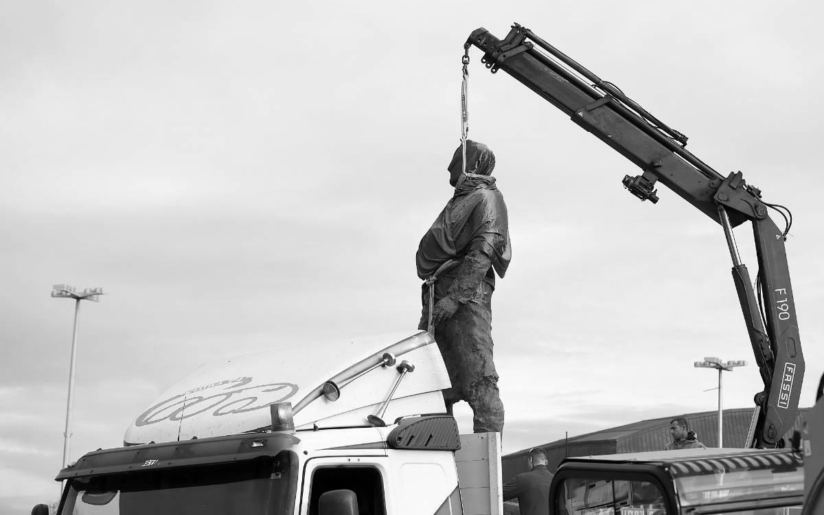 Spomenik Franju Tuđmanu na kamionu
